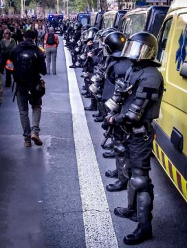 Fotografia de la Brigada Mòbil dels Mossos d'Esquadra. Font: Fotomovimiento