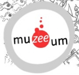 Logotip de Mu-zee-um. Font: Muzeeum