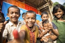 Save the Children gestiona projectes per donar cobertura nutricional i sanitària als infants rohingyes a Bangladesh.