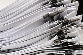 Pila de documents. Font: Dreamstime