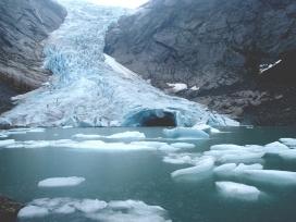 Desglaç provocat pel canvi climàtic. Font: Pixabay