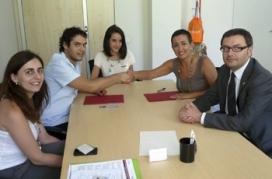 Moment de la signatura de l'acord entre el CNJC i l'ICD. Font: ICD
