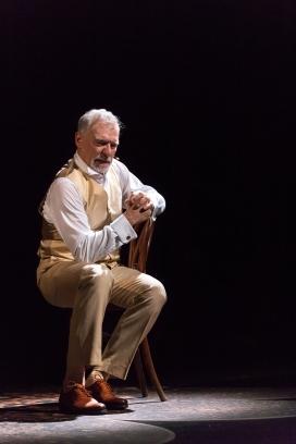 """L'obra """"Puig i Cadafalch, un croquis"""" està de gira pels teatres d'ateneus."""
