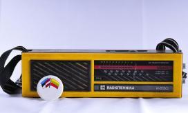 Una ràdio portàtil de la Via Bàltica. Foto Viquipèdia.
