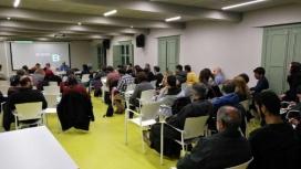 Sessió de retorn del pla a entitats, experts i grups de treball al Pati Llimona