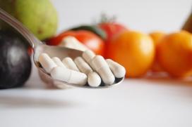 Medicaments i aliments per a una dieta saludable. Font: Pixabay