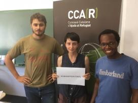 Imatge de membres de la CCAR demanant l'obertura de fronteres