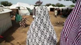Nigeriana afectada per la violència jihadista i  després per l'exèrcit