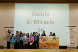 Acte de sensibilització en escola - Foto: Fundació Akwaba