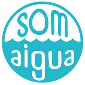 """Logotip de la campanya """"Som Aigua"""", nascuda de la col·laboració entre l'Ajuntament de Sant Boi de Llobregat, el Fons Català de Cooperació al Desenvolupament i l'Associació Catalana d'Enginyeria Sense Fronteres (Font: Web de l'Ajuntament de Sant Boi)"""