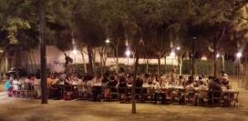 Sopar de grup en una anterior celebració de la diada