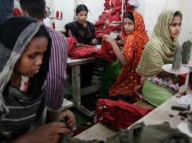 Taller de fabricació de roba (Font: flickr.com)