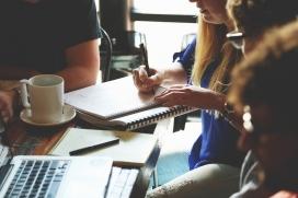 Nous cursos gratuïts per a les associacions de Barcelona