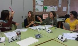 Grup de joves en un taller de SmileUrbo