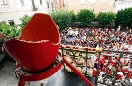 Trencament del càntir a la festa Major de la Bisbal