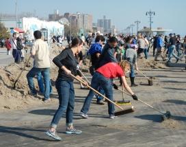 Voluntariat urbà a les ciutats.