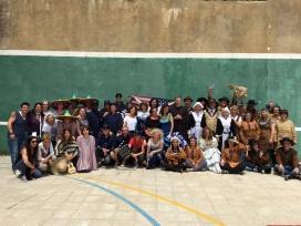 Persones voluntàries disfressades a Can Pedró
