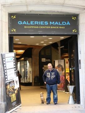 En Xavier a la porta dels Maldà