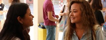 Una de les parelles participants del projecte 'Rossinyol' en la festa de cloenda de l'edició 2017