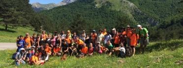 Foto de grup en una de les etapes / Font: Transpirenaica Social i Solidària