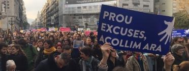 """Manifestació """"Volem acollir"""" a Barcelona."""