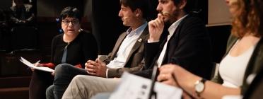 D'esquerra a dreta, Núria Valls, vicepresidenta de la Taula del Tercer Sector; Jordi Solé, d'ERC; Ernest Urtasun, d'En Comú Podem, i Laura Ballarín, del PSC, al debat sobre Europa i el seu futur social. Font: Taula del Tercer Sector. Font: Taula del Tercer Sector