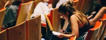 L'Escola d'Estiu del Voluntariat 2020 serà en línia. Font: Escola d'Estiu del Voluntariat