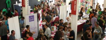La Fira de l'Economia Solidària, organitzada anualemnt per la XES, mostra el creixent interès per aquest model econòmic alternatiu.