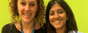 A l'esquerra, Júlia Abello, coordinadora de projectes de joves de la fundació Migra Studium, i a la dreta, Sanja Rahim, tècnica d'acollida de la mateixa entitat. Font: F. Migra Studium. Font: Fundació Migra Studium