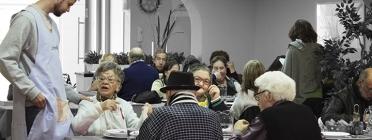Menjador social de Can Pedró i usuaris