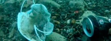 Guants i altres residus al fons marí Font: Encercle Residu Zero
