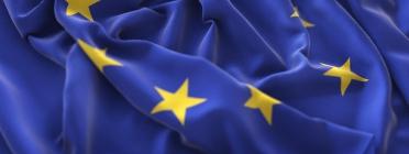 Neix una plataforma ciutadana per garantir la transparència dels fons europeus. Font: Freepik.