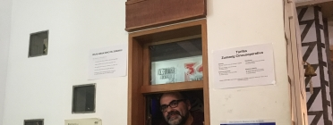 Josep Calle és un dels membres de la cooperativa i projeccionista del cinema. Font: Zumzeig.