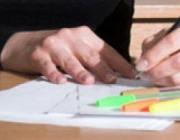 Persona escrivint