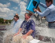 Participants a l'Ice Bucket Challenge. Font: University of Central Arkansas