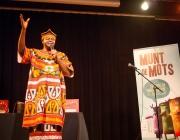 Boni Ofogo, un dels narradors del Festival - Font: Munt de Mots