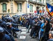 Càrregues policials a Catalunya fotografiades per Sergi Bernal, fotògraf exposat a l'Enfocats'18