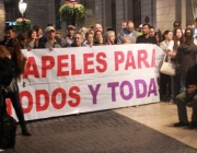 Imatge d ela concentració per demanar el tancament del CIE. Font: web publico.es