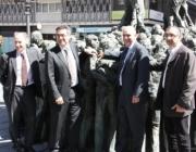 Representants de castellers, la Fundació de la URV i Repsol