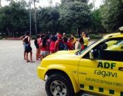 Voluntaris de l'ADF i els joves del Casal de Figueres