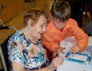 Projecte d'aprenentatge servei de l'AEiG Sant Sadurní. Foto: MEG