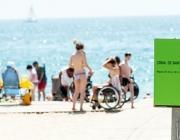 Algunes platges de la ciutat de Barcelona compten amb servei de suport al bany