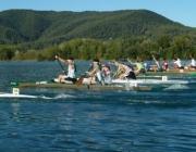Competició de piragüisme a l'Estany de Banyoles (imatge:albergdebanyoles)