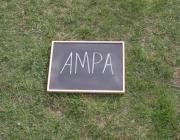 El treball de les ampes. Font: Video Vine a l'AMPA!