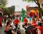 Animació al carrer a la FESC