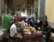 La parròquia de Santa Anna es transforma en un hospital de campanya les 24 hores