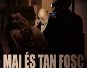 """Cartell de """"Mai és tan fosc"""", el documental sobre Arcadi Oliveres."""