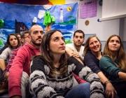 Persones participant a una dinàmica, a la trobada de la Xarxa Oikia a Bilbao, novembre de 2016
