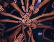 Intentar transformar la societat en equip és una de les principals raons per fer un voluntariat