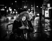 La tecnologia pot ser un aliat per a les dones que han patit violència masclista. Imatge de Sascha Kohlmann. Llicència d'ús CC BY-SA 2.0 Font: Imatge de Sascha Kohlmann. Llicència d'ús CC BY-SA 2.0